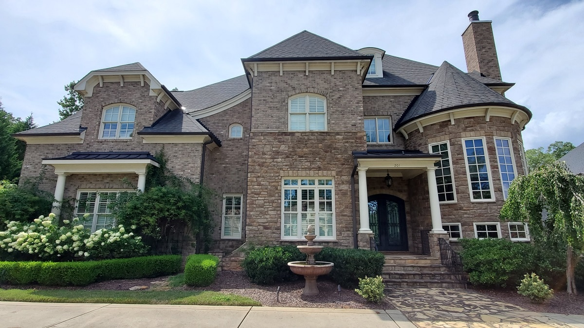 Home-Exterior-Painter-Cary