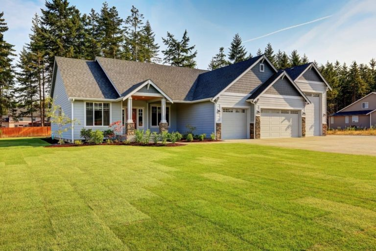 Reasons to Paint Exterior Raleigh Homes to Sell