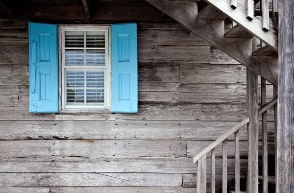 An Easy Guide to Painting Shutters