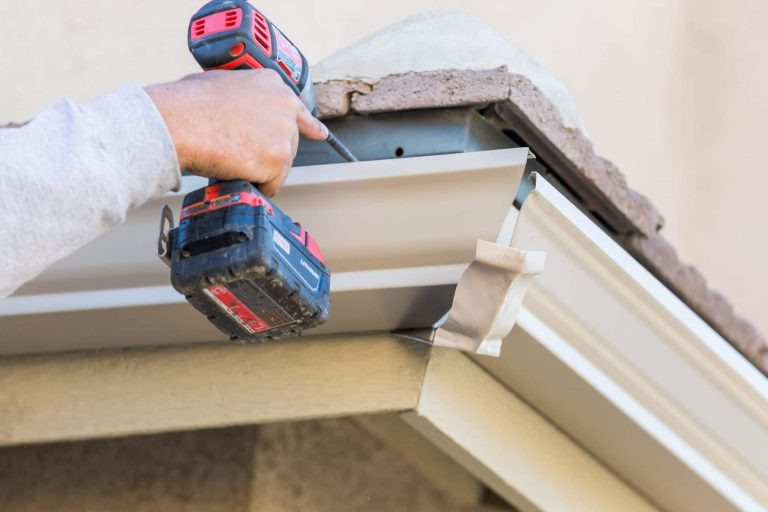 When to Install New Seamless Gutters
