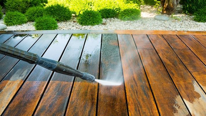 Deck-Staining-Restoration-Raleigh